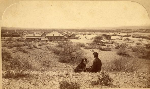 Soldier and his dog, Fort Thomas, Arizona Territory, 1885 [2240x1325]