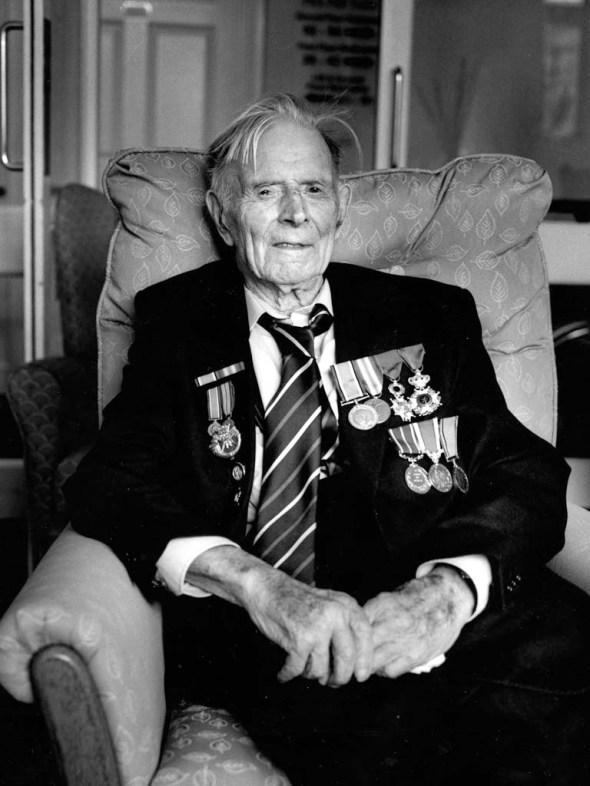 Harry Patch_2.jpg