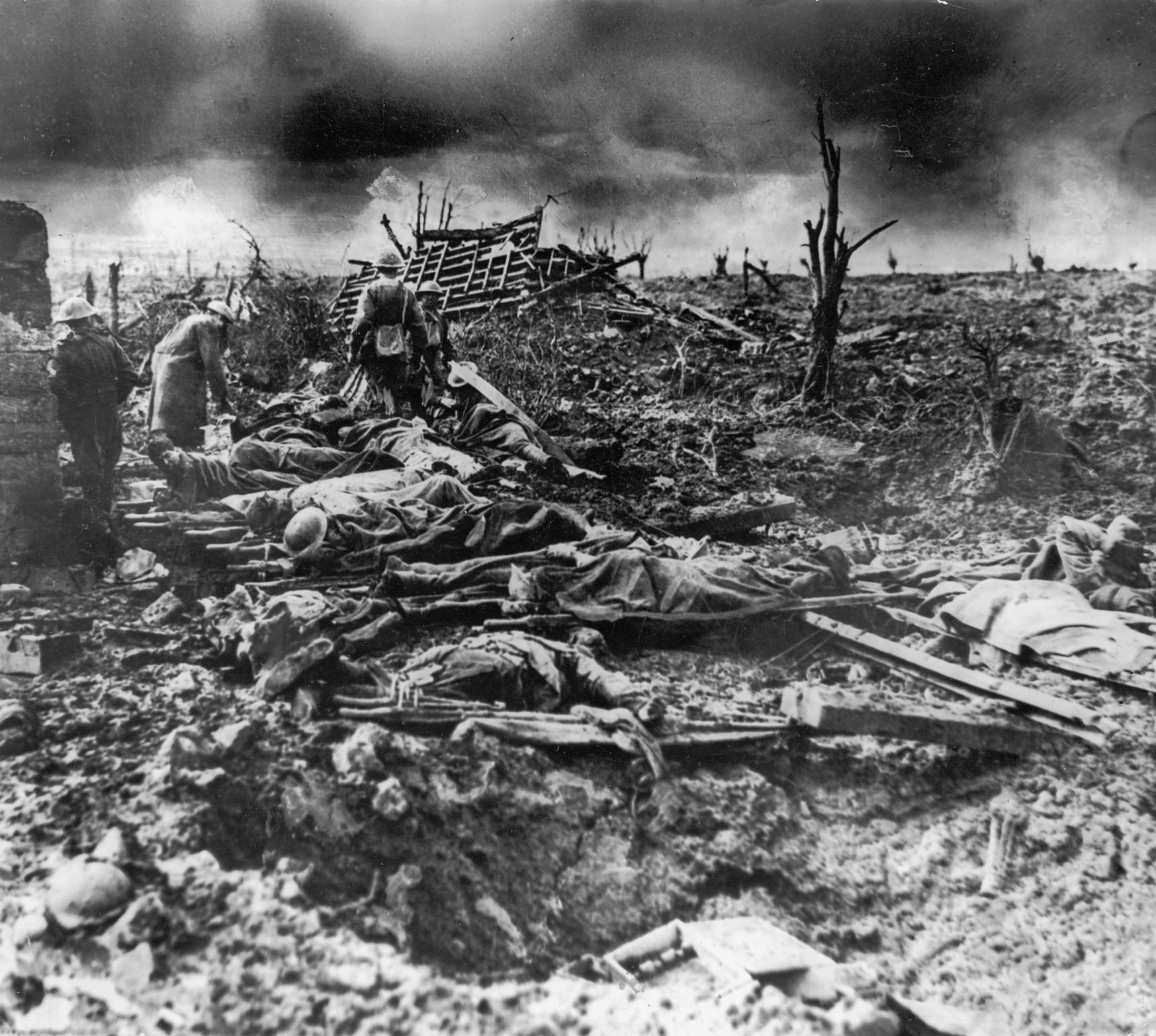 The carnage of the Battle of Passchendaele . | I hope to be ...