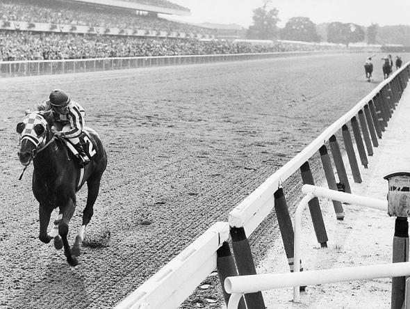 One of the great sports photos of all time. The enormity of what Turcotte and Secretariat accomplished that day is mind-boggling.