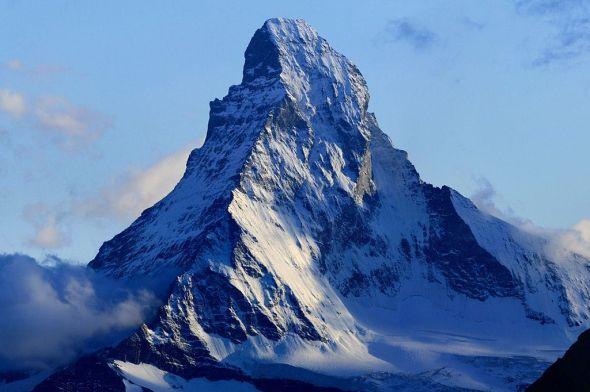 Matterhorn - ItalySwitzerland border [1024x682]