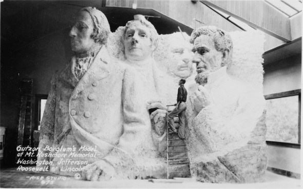 Gutzon-Borglums-model-of-Mt-Rushmore