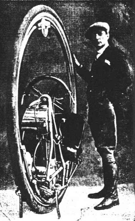 Davide Cislaghi the builder, a motorcycle policeman & former electrician from Milan, Italy  ~1924 with an early version. It has friction drive, a 3 speed, pneumatic tire and pivot steering.