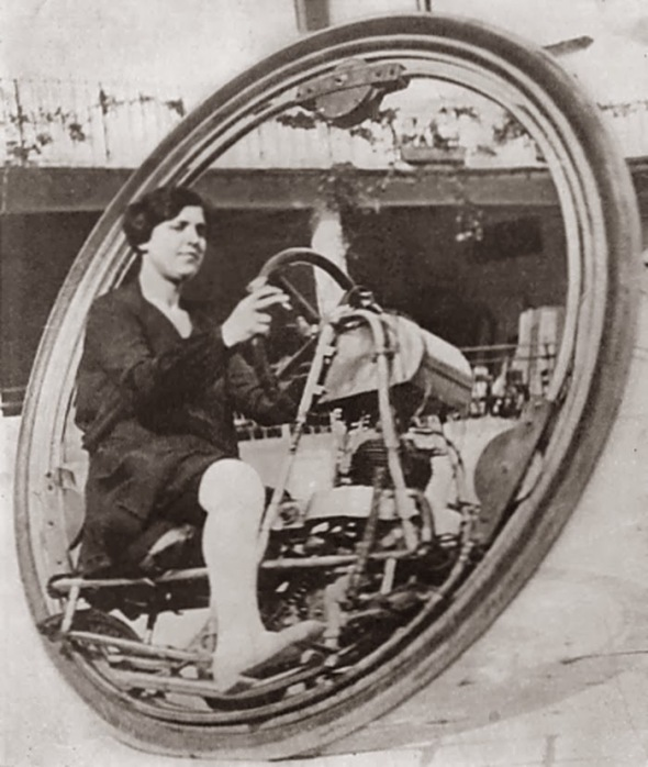 From Motorcycle magazine 1927. The friction drive wheel can be seen behind her heel.