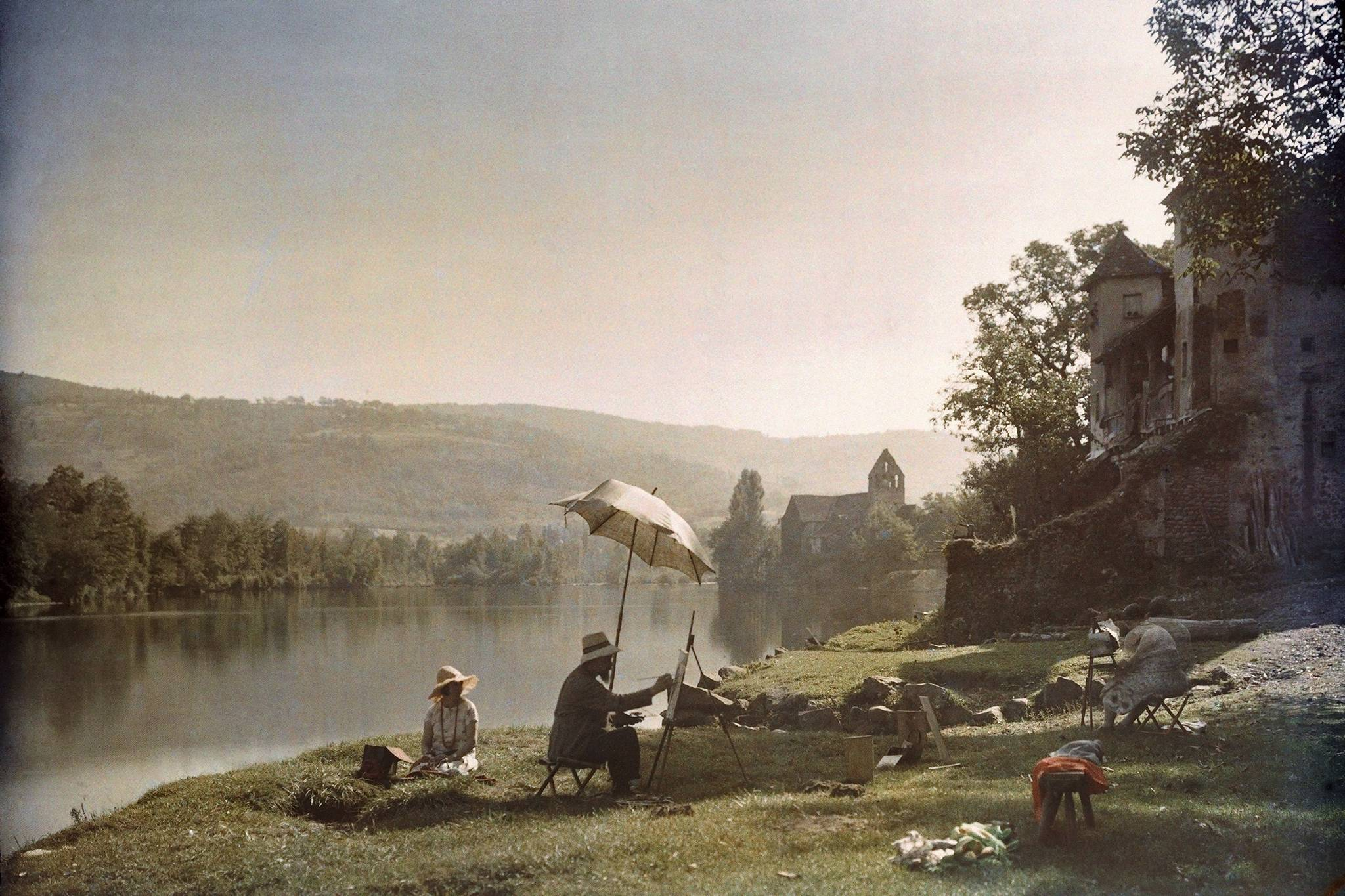 Artists Paint On The Banks Of Dordogne River Near Beaulieu France Ca 1925