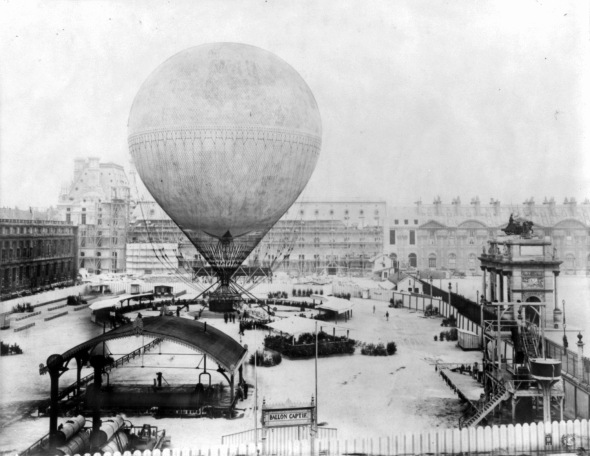 C__Data_Users_DefApps_AppData_INTERNETEXPLORER_Temp_Saved Images_Henri_Giffard's_grand_balloon_before_ascent,_Tuileries,_Paris,_1878